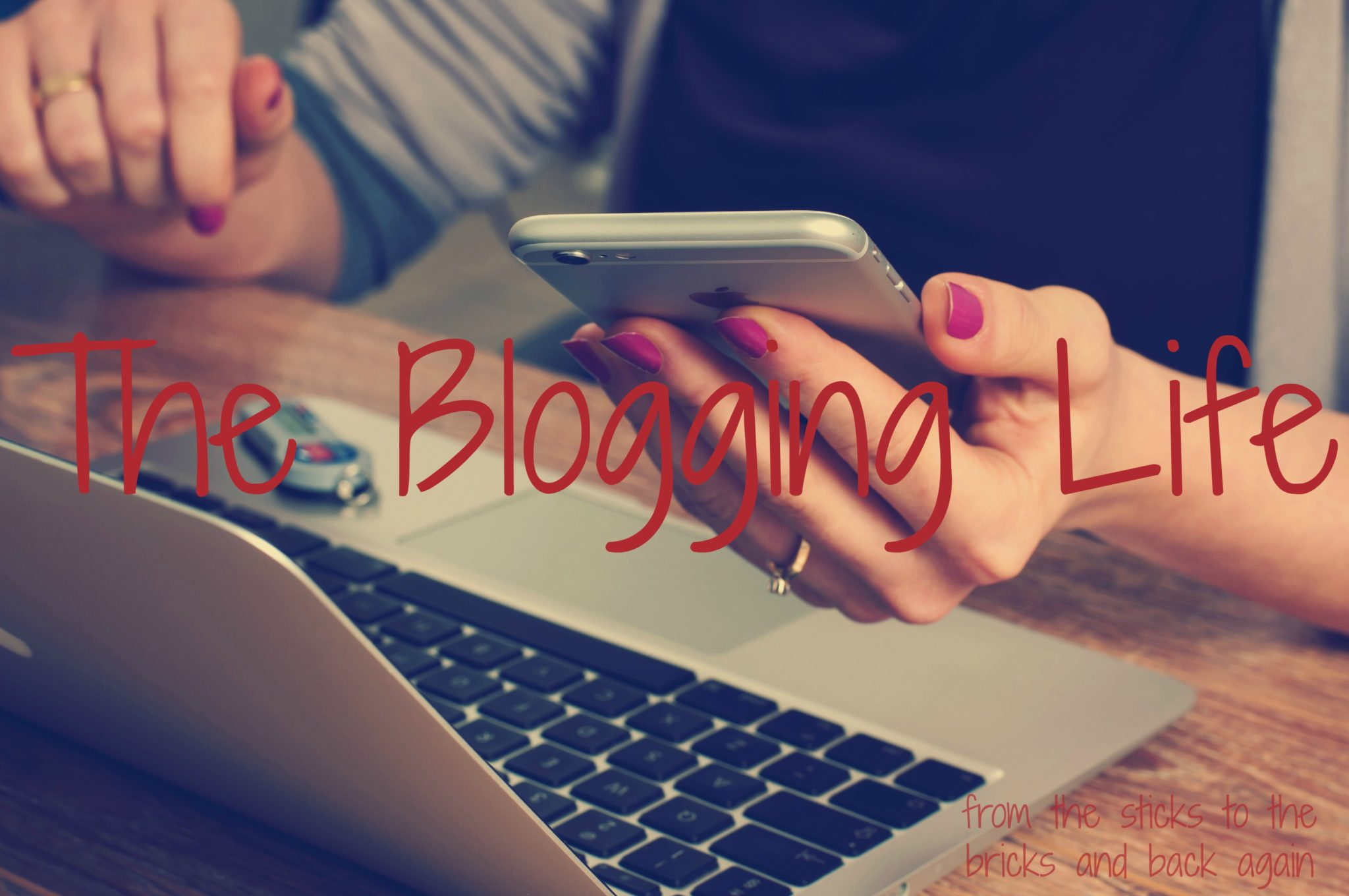 blogging world, bloggers, how to become a blogger, make money online
